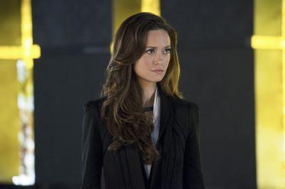Summer Glau as Isabel Rochev in Arrow 2x18 Deathstroke.