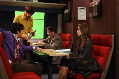 Summer Glau with Kumal Nayyar (Raj) and Simon Helberg (Howard) on set of The Big Bang Theory