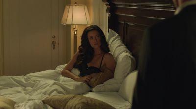 Summer Glau in a nightgown in Arrow