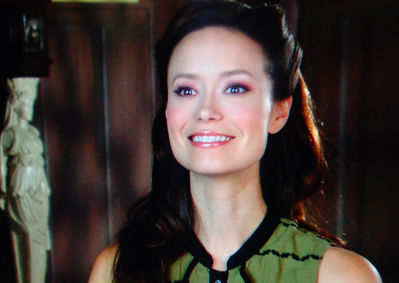 Summer Glau in Help for the Holidays