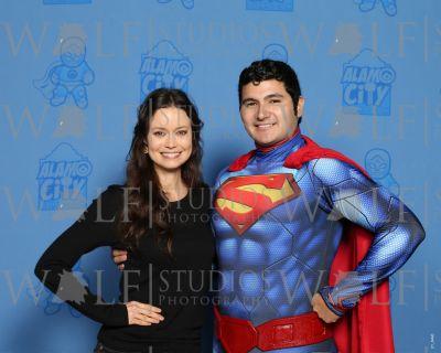 Summer Glau posing with Superman cosplay