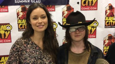 Summer Glau, Charlie Cox and @milliebbrown were so nice to replace my stolen autographs. @alamocitycon ended up great.