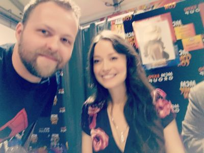 Wee quick selfie with actress Summer Glau.