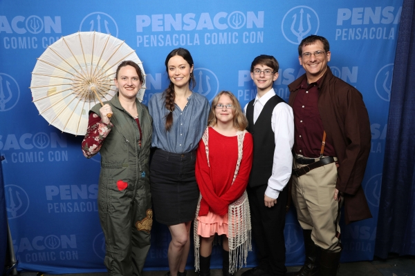 Summer Glau professional photo op session at Pensacon 2019