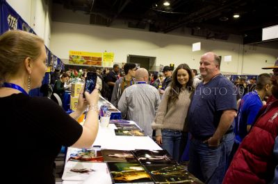 Summer Glau poses with fans at Rhode Island Comic Con