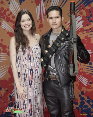 Summer Glau and the T800 together for the very first time at @sanfranciscocomiccon THANK YOU FOR EXPLAINING