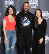 Jewel Staite and Summer Glau posing with father Fett at Denver Pop Culture Con<br />