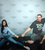 I asked Summer Glau to recreate the famous River Tam pose